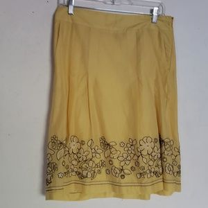 Ann Taylor Skirt Embroidered Yellow  Flowers 4 NWT